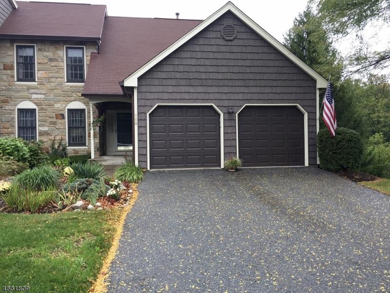 独户住宅 为 出租 在 180 Goldfinch Court 哈克特斯镇, 07840 美国