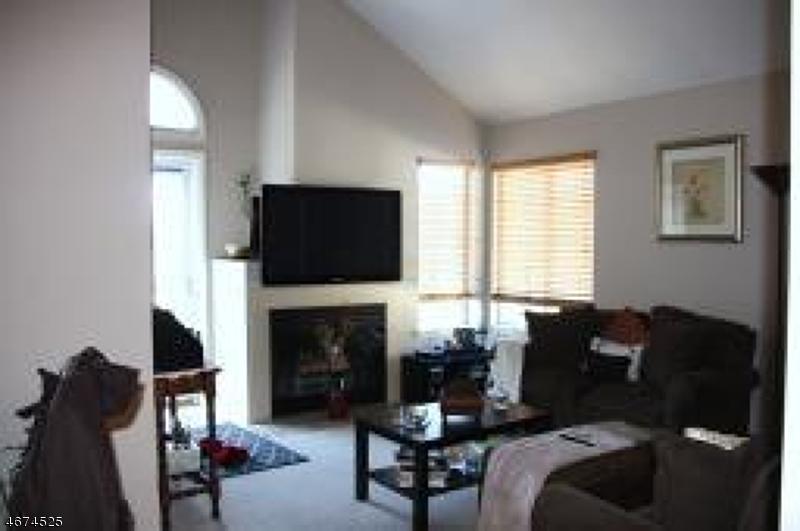Частный односемейный дом для того Аренда на 97 Birchwood Road Bedminster, 07921 Соединенные Штаты