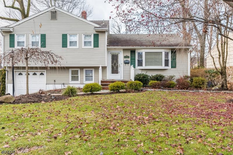 Maison unifamiliale pour l à louer à Address Not Available Verona, New Jersey 07044 États-Unis