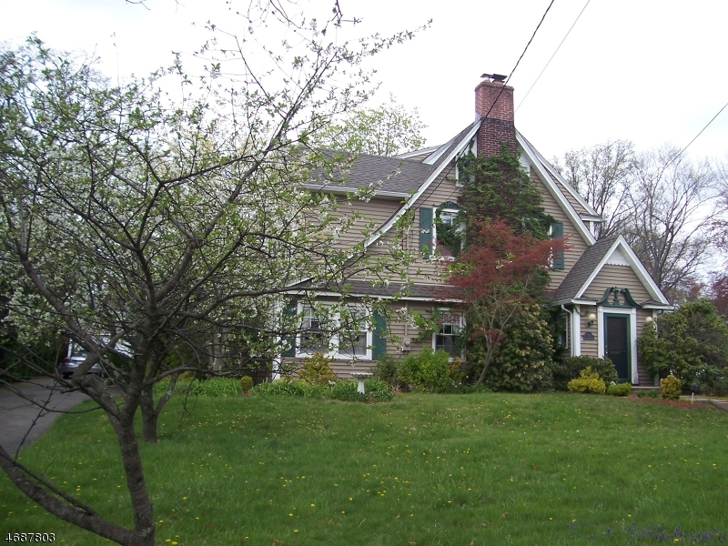 Single Family Home for Sale at 144 Cornell Avenue Hawthorne, New Jersey 07506 United States
