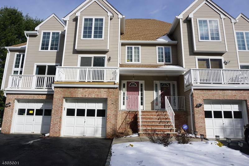 Частный односемейный дом для того Аренда на 4 Joanne Drive Denville, Нью-Джерси 07834 Соединенные Штаты