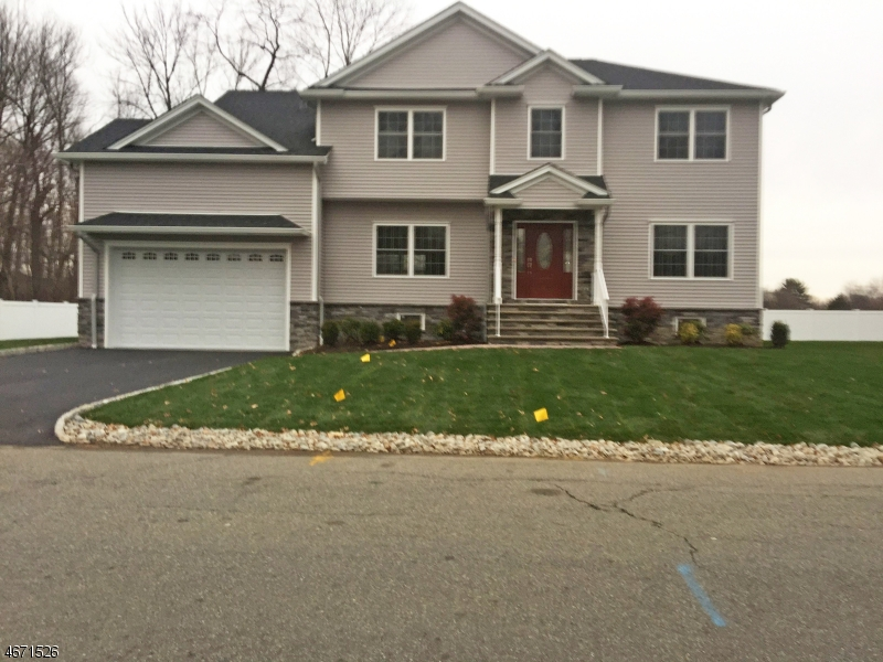 Single Family Home for Sale at 74 Mandeville Avenue Pequannock, 07440 United States