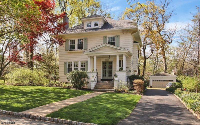 Casa Unifamiliar por un Venta en 11 Stocker Road Verona, Nueva Jersey 07044 Estados Unidos