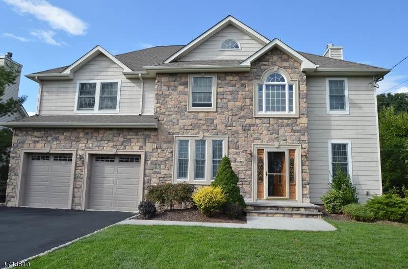 独户住宅 为 出租 在 11 Homestead Avenue 东汉诺威, 新泽西州 07936 美国