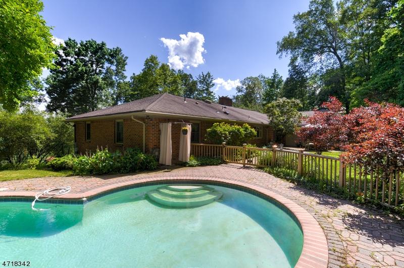 獨棟家庭住宅 為 出售 在 1847 Woodland Terr Bound Brook, 新澤西州 08805 美國