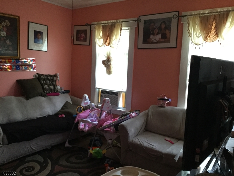 Single Family Home for Rent at 110 4th Avenue Hawthorne, New Jersey 07506 United States