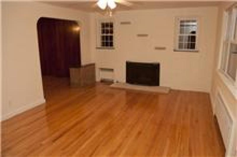 Additional photo for property listing at 109 King Street 109 King Street Nutley, New Jersey 07110 Vereinigte Staaten
