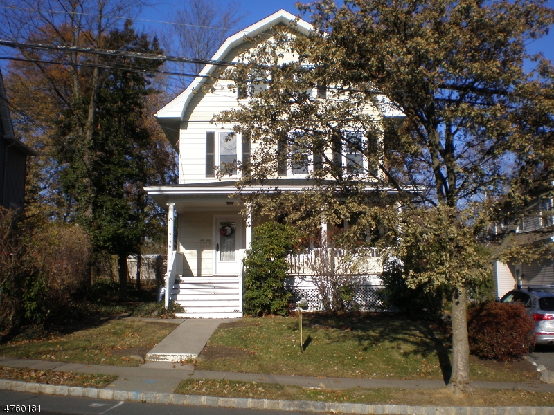 Single Family Home for Rent at 274 Linden Avenue Verona, New Jersey 07044 United States