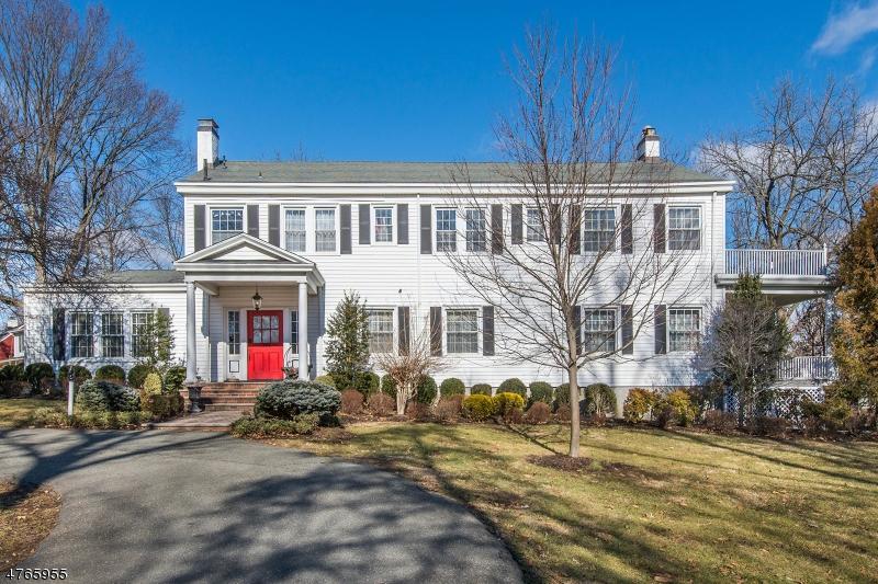 Частный односемейный дом для того Продажа на 244 Brooklake Road Florham Park, Нью-Джерси 07932 Соединенные Штаты