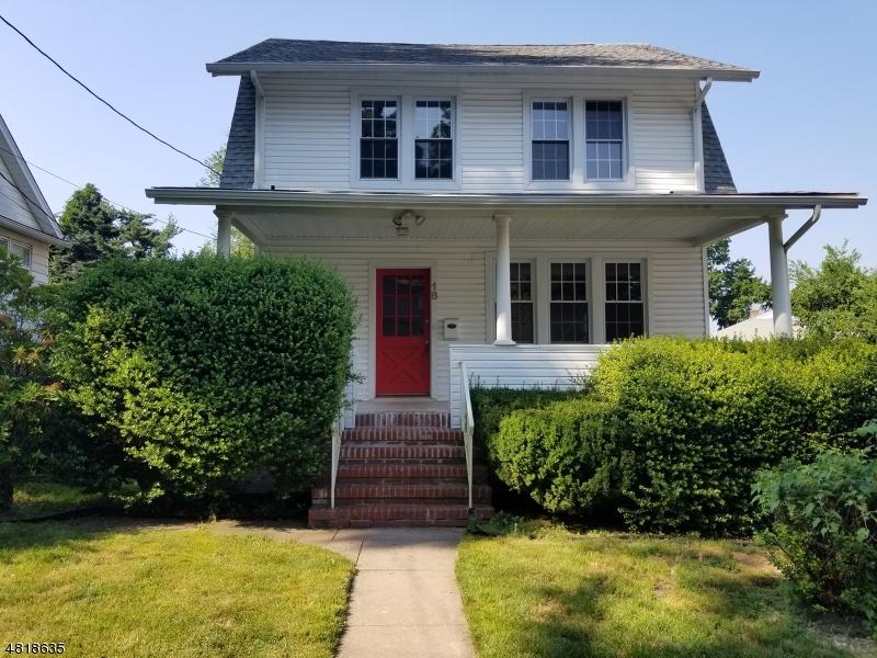 Maison unifamiliale pour l à louer à 18 ADAMS TER Clifton, New Jersey 07013 États-Unis