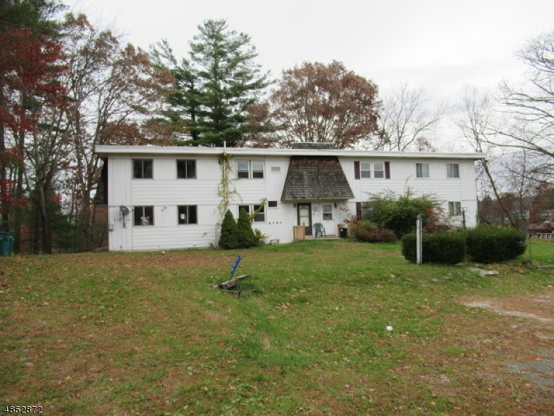Condo / Townhouse for Sale at 228 Lake Shore N Montague, New Jersey 07871 United States