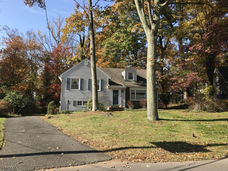 Μονοκατοικία για την Πώληση στο 1376 STONY BROOK Lane Mountainside, Νιου Τζερσεϋ 07092 Ηνωμένες Πολιτείες