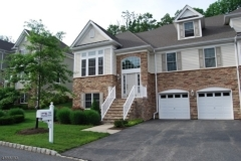 Condo / Townhouse for Rent at West Orange, New Jersey 07052 United States