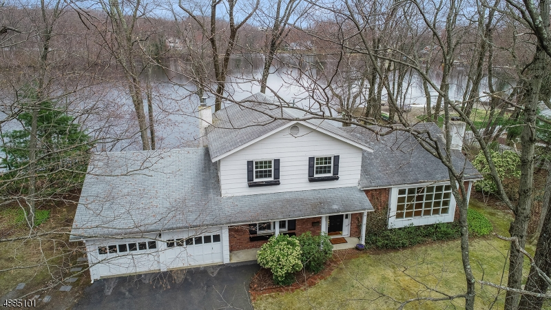 Single Family Home for Sale at 37 N POCONO RD Mountain Lakes, New Jersey 07046 United States