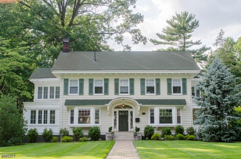Частный односемейный дом для того Продажа на 373 GROVE Road South Orange, Нью-Джерси 07079 Соединенные Штаты