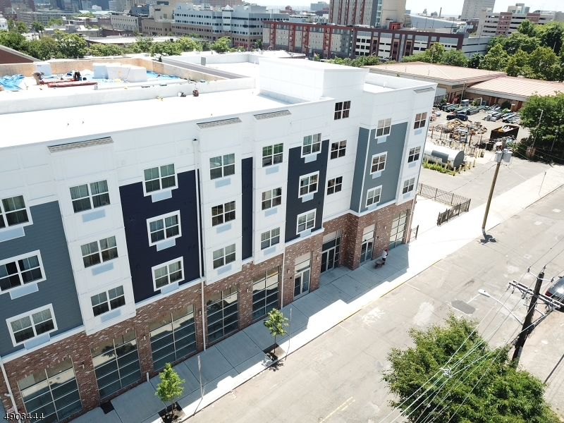 Commercial for Rent at Newark, New Jersey 07103 United States