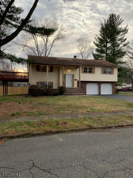 Single Family Homes vì Bán tại Lincoln Park, New Jersey 07035 Hoa Kỳ