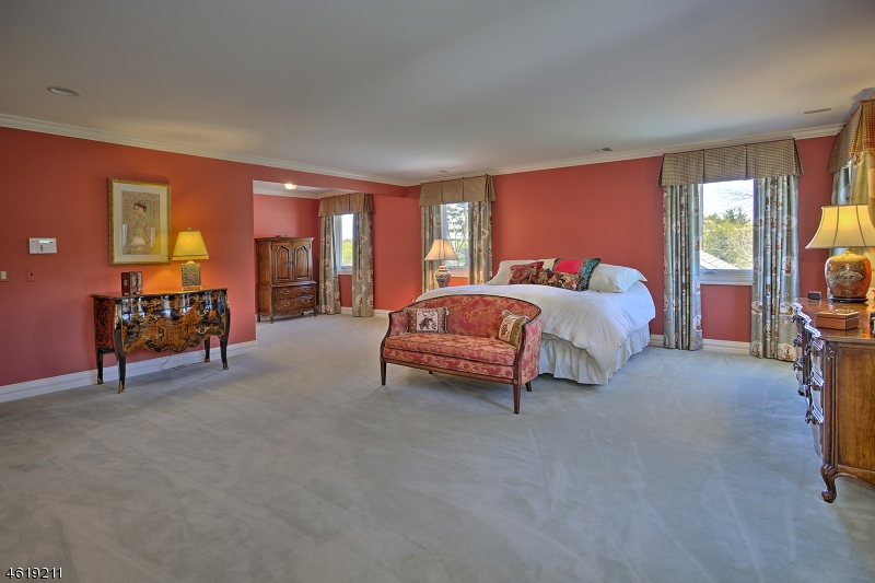 Additional photo for property listing at 460 Cherry Lane  Mendham, New Jersey 07945 United States