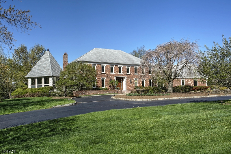 Single Family Home for Sale at 460 Cherry Lane Mendham, New Jersey 07945 United States