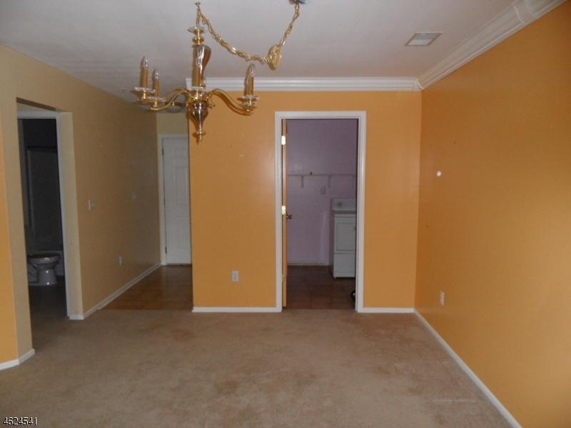 Additional photo for property listing at Address Not Available  Dunellen, Нью-Джерси 08812 Соединенные Штаты