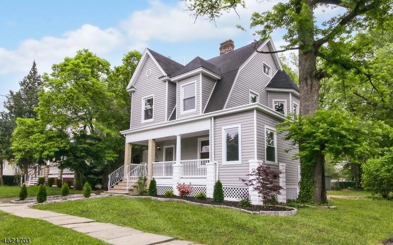 Casa Unifamiliar por un Venta en 256-258 StreetILES Street Elizabeth, Nueva Jersey 07208 Estados Unidos