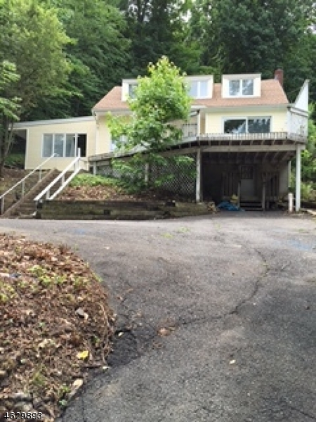 Additional photo for property listing at 157 W Lindsley Road  Cedar Grove, New Jersey 07009 États-Unis