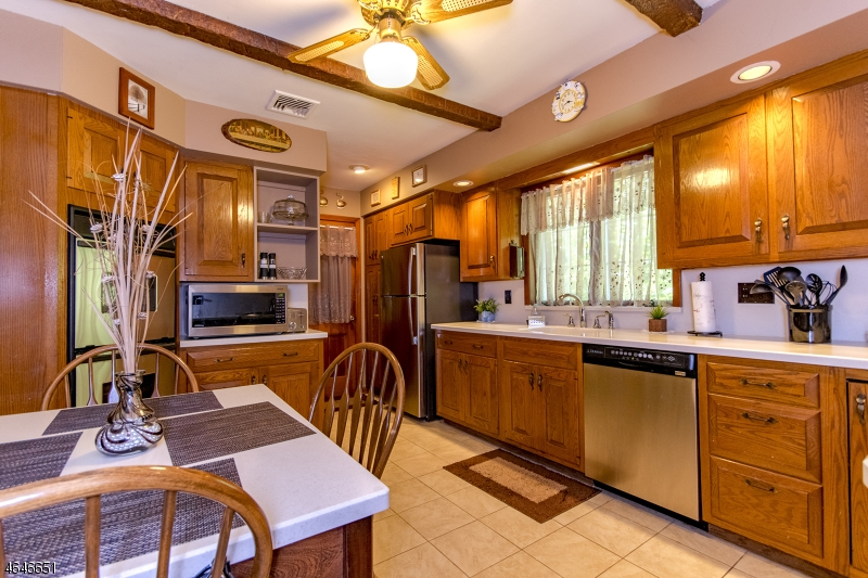 Additional photo for property listing at 140 Elm Street  Dover, New Jersey 07801 United States