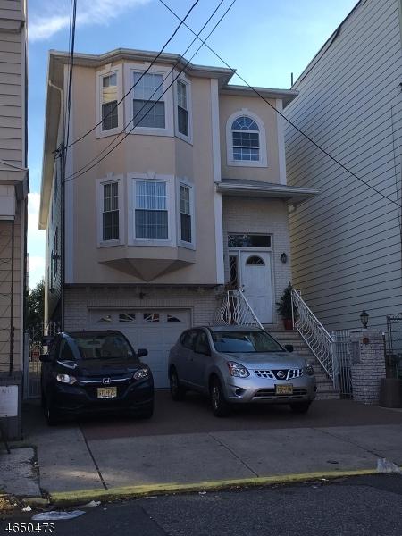 多户住宅 为 销售 在 111 Magazine Street 纽瓦克市, 新泽西州 07105 美国