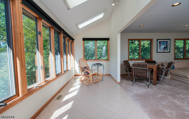 Additional photo for property listing at 1735 MIDDLEBROOK Road  Bound Brook, New Jersey 08805 États-Unis