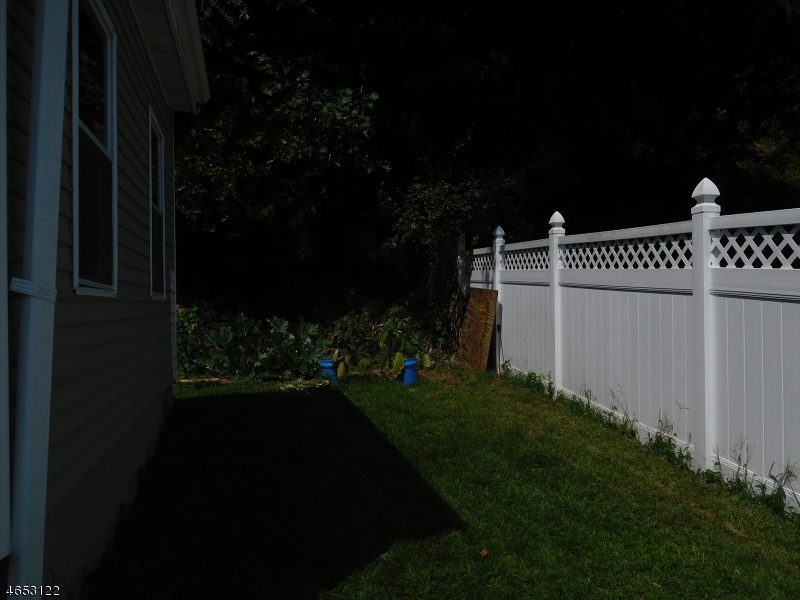 Additional photo for property listing at 111 Watson Drive  Dover, New Jersey 07801 États-Unis