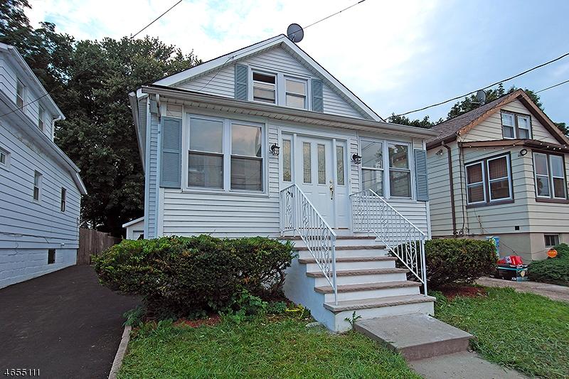 Casa Unifamiliar por un Venta en 1968 William Street Union, Nueva Jersey 07083 Estados Unidos