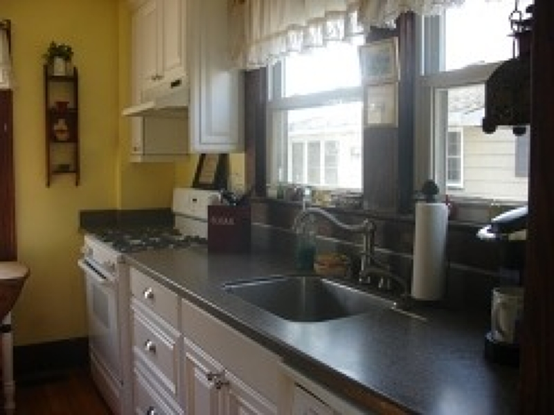 Additional photo for property listing at 25 W Spring Street  Somerville, Нью-Джерси 08876 Соединенные Штаты