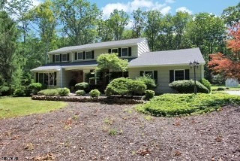 Casa Unifamiliar por un Alquiler en 29 Lenape Trail Warren, Nueva Jersey 07059 Estados Unidos