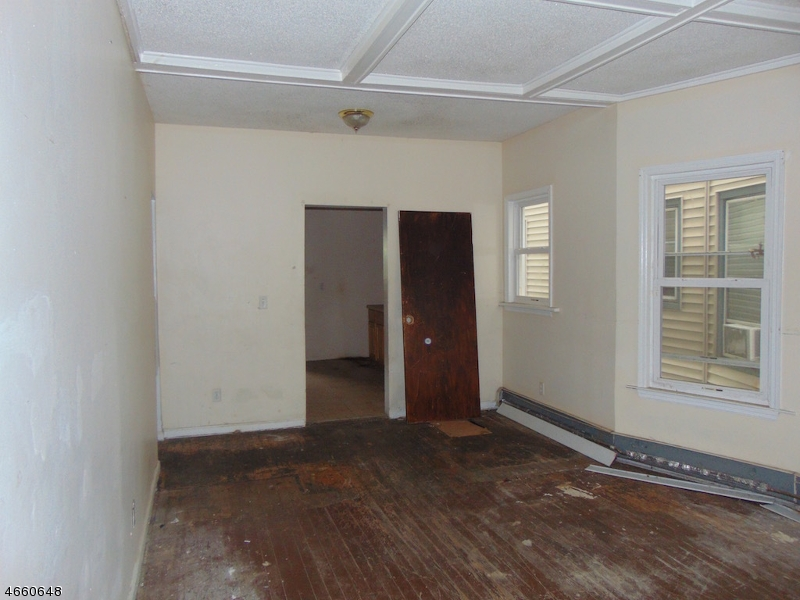Additional photo for property listing at 222 Park Avenue  East Orange, New Jersey 07017 United States