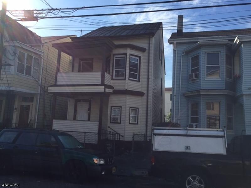 Casa Multifamiliar por un Venta en 194 Park Avenue Paterson, Nueva Jersey 07501 Estados Unidos