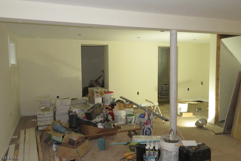Additional photo for property listing at 537 Oritani Place  Teaneck, New Jersey 07666 États-Unis
