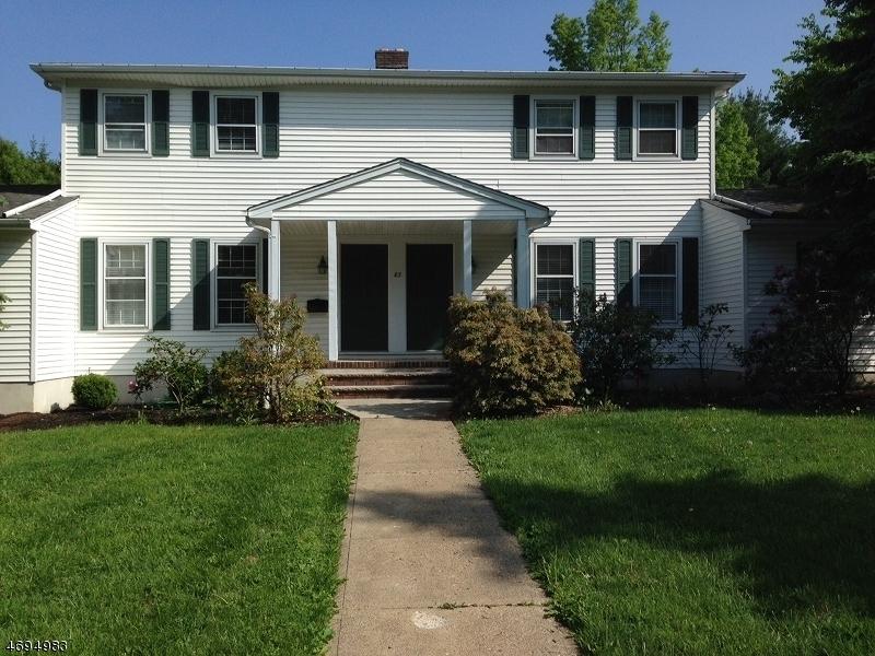 Casa Unifamiliar por un Alquiler en 83 B MAIN Street Mendham, Nueva Jersey 07945 Estados Unidos