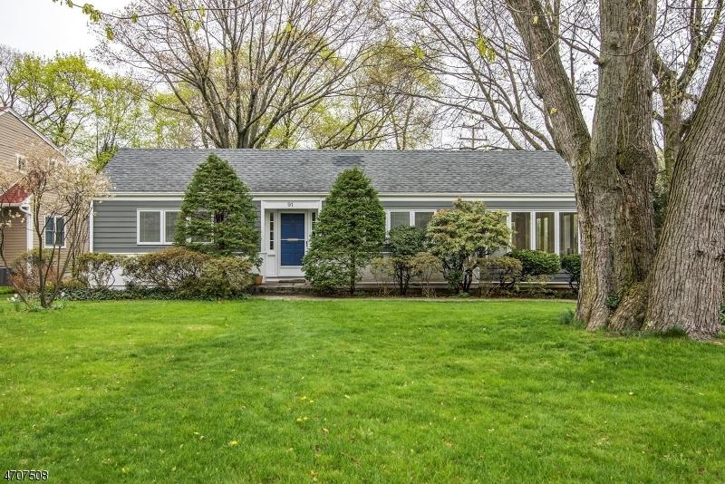 Casa Unifamiliar por un Venta en 91 Berkeley Place Glen Rock, Nueva Jersey 07452 Estados Unidos
