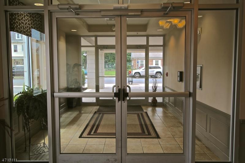 独户住宅 为 出租 在 400 E Front Street 平原镇, 新泽西州 07060 美国