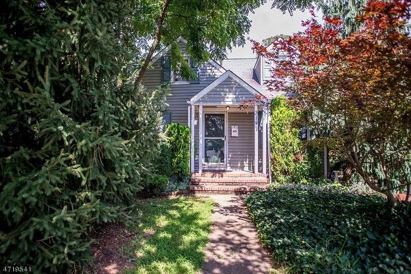 Частный односемейный дом для того Продажа на 314 Clinton Avenue Manville, Нью-Джерси 08835 Соединенные Штаты