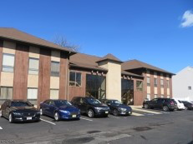 Commercial for Sale at 495 Union Avenue 495 Union Avenue Middlesex, New Jersey 08846 United States