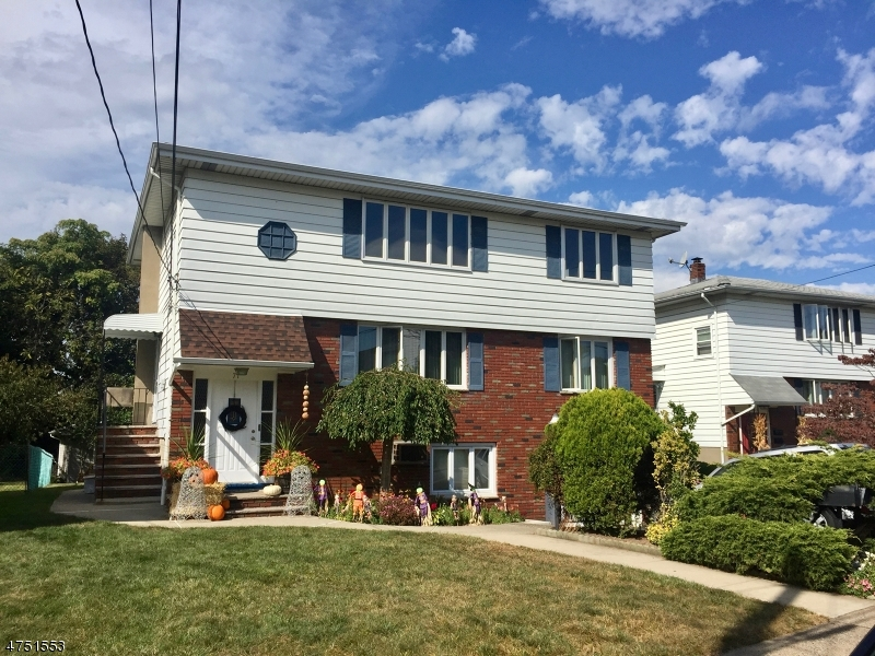 Частный односемейный дом для того Аренда на 71 Mary Avenue Woodland Park, Нью-Джерси 07424 Соединенные Штаты