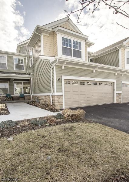 Maison unifamiliale pour l Vente à 12 Wild Iris Lane Allamuchy, New Jersey 07840 États-Unis