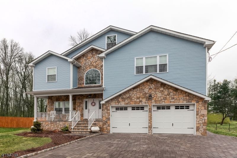 Single Family Home for Sale at 15 Beechwood Road Florham Park, New Jersey 07932 United States