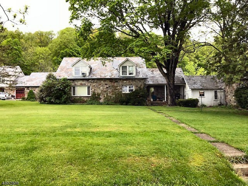 Single Family Home for Sale at 52 Cobblewood Rd Blairstown, New Jersey 07825 United States