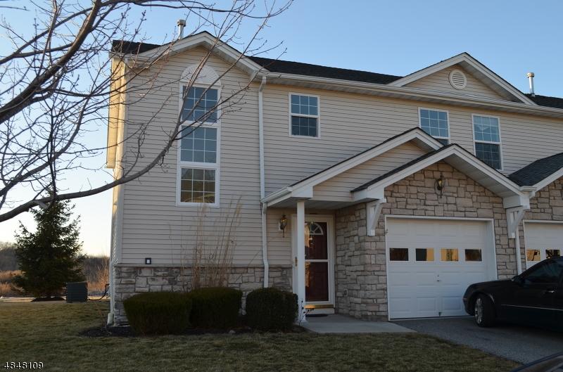 Property для того Продажа на 1 CRESTMONT Court Hardyston, Нью-Джерси 07419 Соединенные Штаты