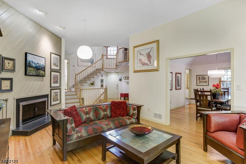 Condominium for Sale at 8 CASPER CT 8 CASPER CT Florham Park, New Jersey 07932 United States
