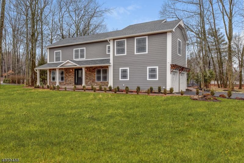 Частный односемейный дом для того Продажа на 1541 COOPER Road Scotch Plains, Нью-Джерси 07076 Соединенные Штаты