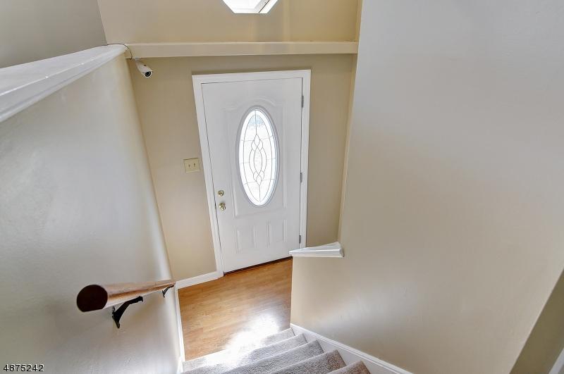 Property のために 売買 アット 12 DOUGLAS Street Lambertville, ニュージャージー 08530 アメリカ