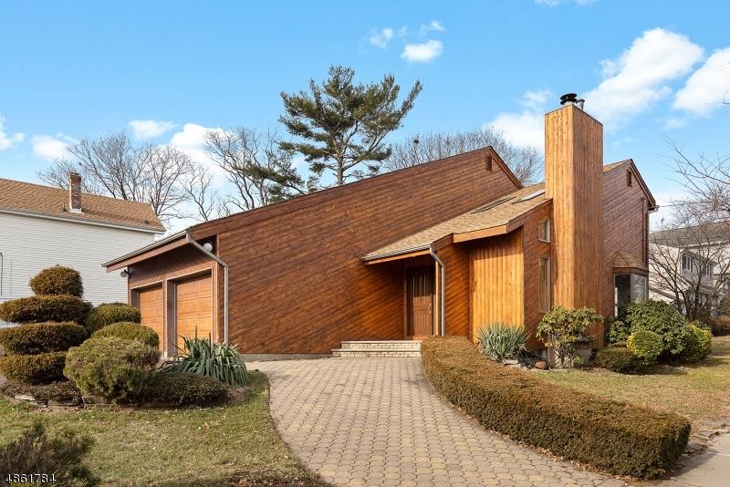 Single Family Home for Sale at 99 Hamilton Ave 99 Hamilton Ave Lodi, New Jersey 07644 United States
